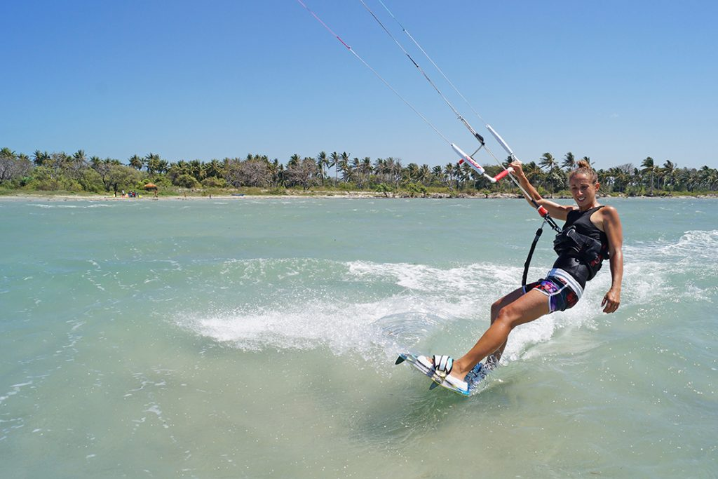 Kitesurfing-school-indonesia
