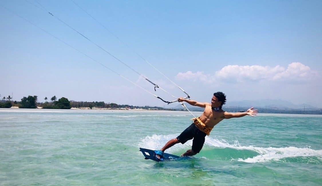 Which spots to learn kiteboarding in Asia ? What you should consider …
